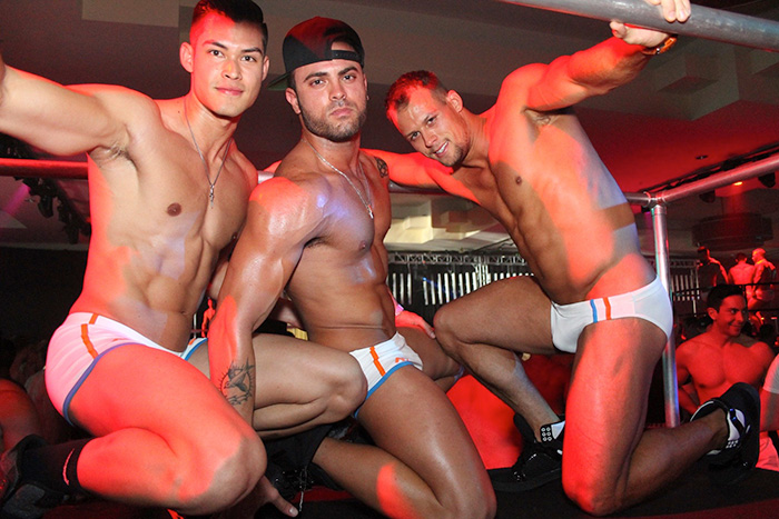 Hot-White-Party-Men
