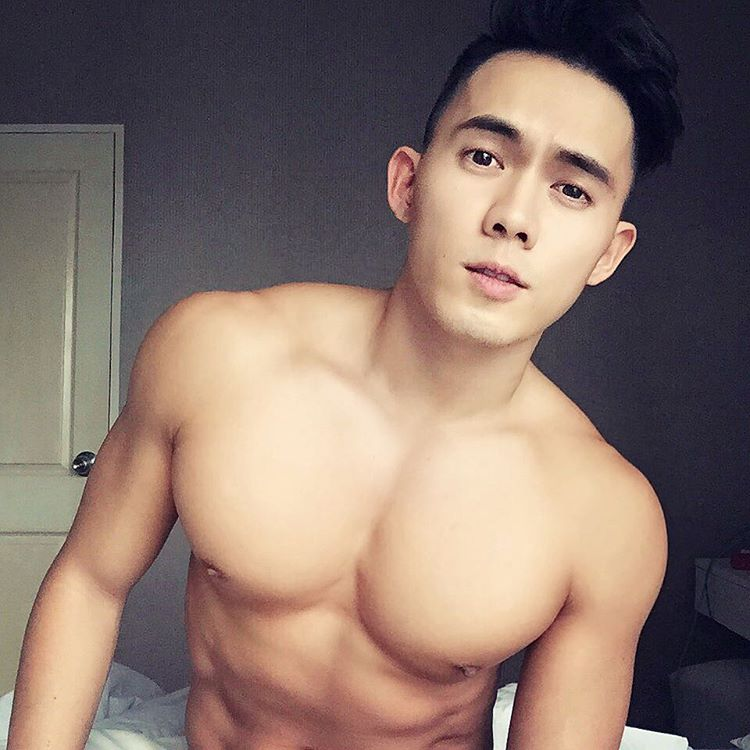World's Hottest Guy in White Party Bangkok Royalty in Online Gay Travel Guide (17)