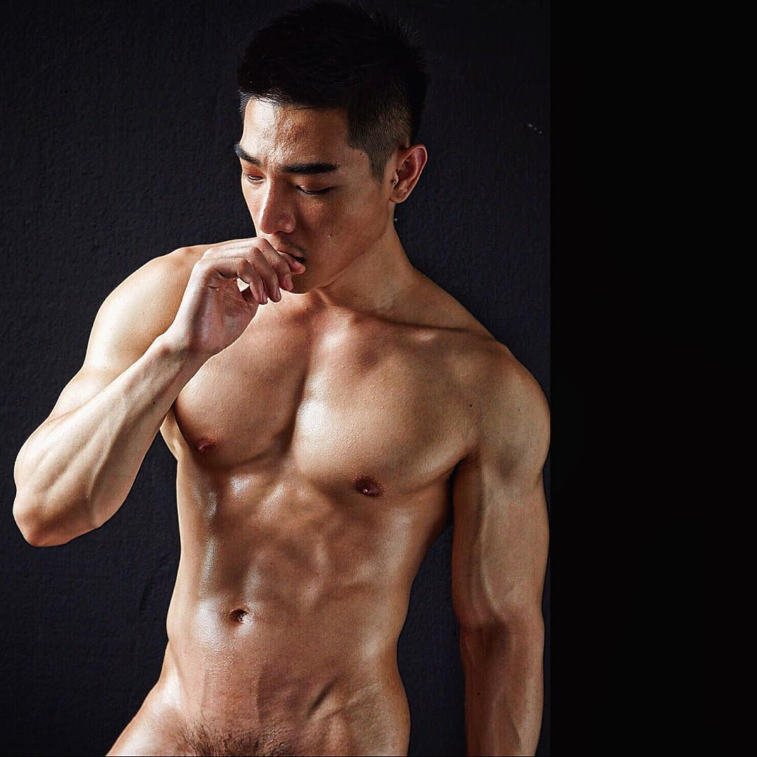 World's Hottest Guy in White Party Bangkok Royalty in Online Gay Travel Guide (23)