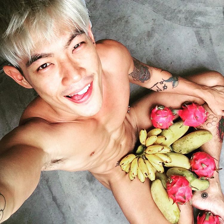 World's Hottest Guy in White Party Bangkok Royalty in Online Gay Travel Guide (36)