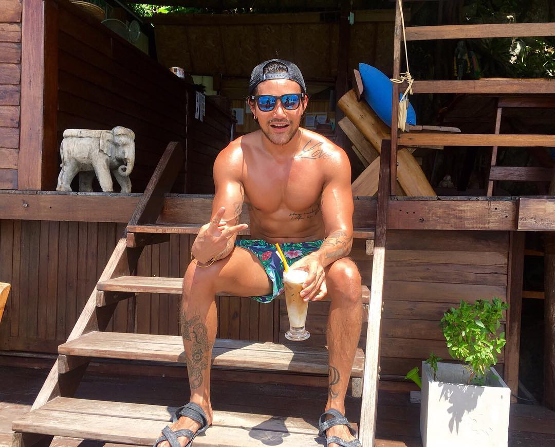 Bachelor of the Week Gay Bangkok Thailand Travel Guide Review (21)