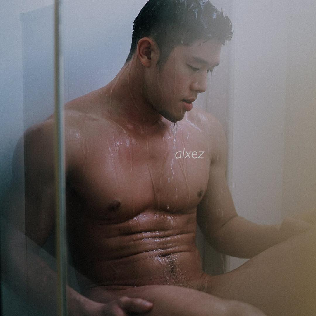 white-party-bangkok-asia-biggest-new-year-gay-party-hot-asian-guys-asias-largest-gay-travel-guide-20