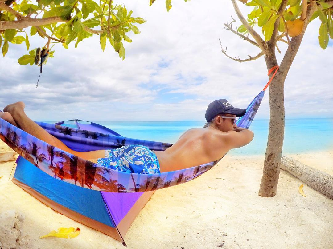 jc-holiday-advice-to-philippines-beach-the-gay-passport-asia-biggest-travel-advice