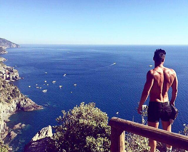 samir-travel-tips-and-beach-holiday-advice-for-gay-men