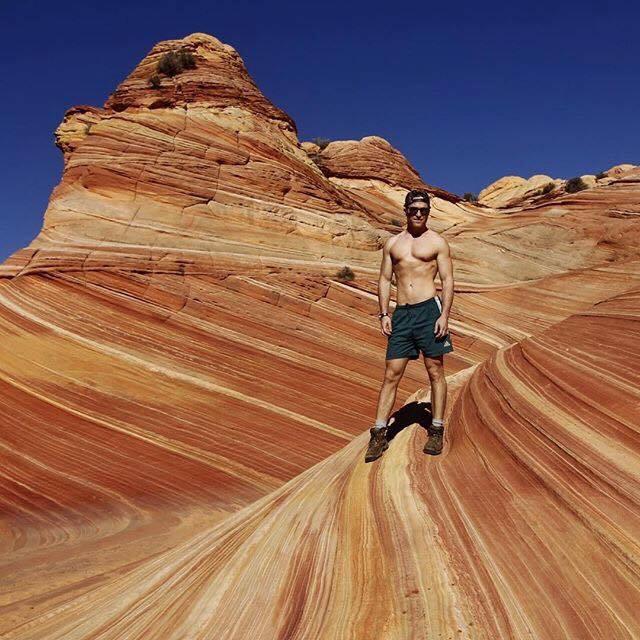 hiking-dude-matthew-gay-usa-insta-hiking-guide