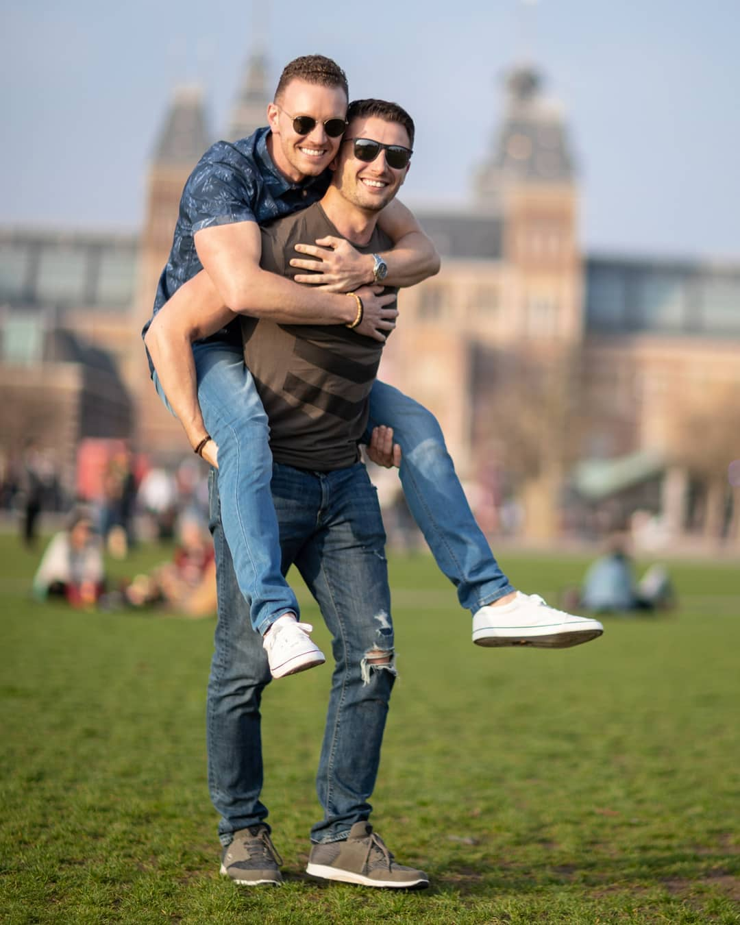 Gay couple Valentine's day in Amsterdam