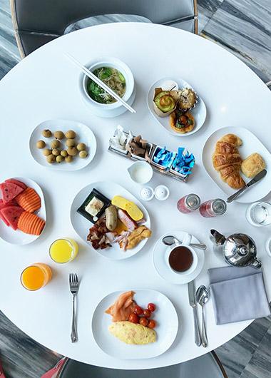 Foodie-Traveler-Favorite-Hotel-Bangkok-City-Centre-Thaniya-Silom