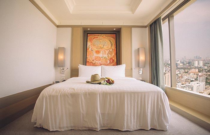 Gay-Friendly-Banyan-Tree-Hotel-Bangkok-Sathorn