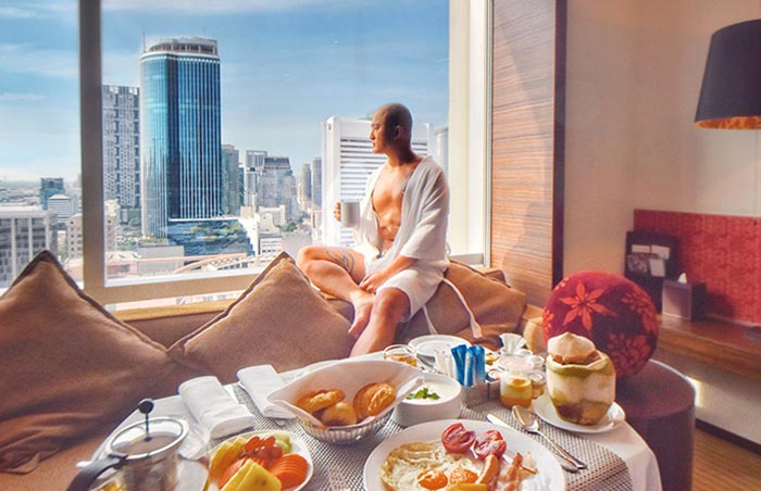 Le-Meridien-Bangkok-Silom-Gay-Popular-Hotel