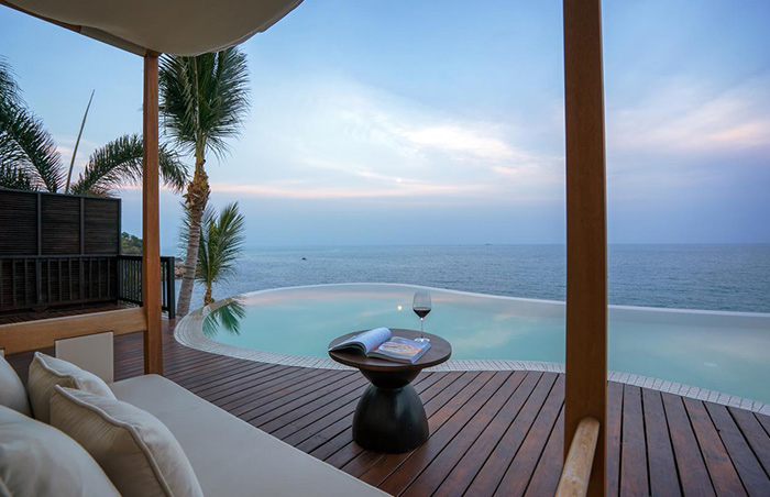 Private-Infinity-Pool-Villa-for-Gay-Travelers-at-Silavadee-Koh-Samui-Island