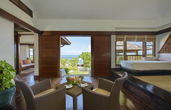 Tropical-Beachfront-Resort-for-Gay-Travelers-Belmond-Napasai-Koh-Samui