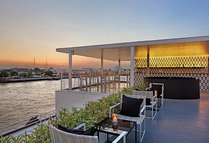 Best-Bangkok-rooftop-riverside-gay-hotel-sala-rattanakosin