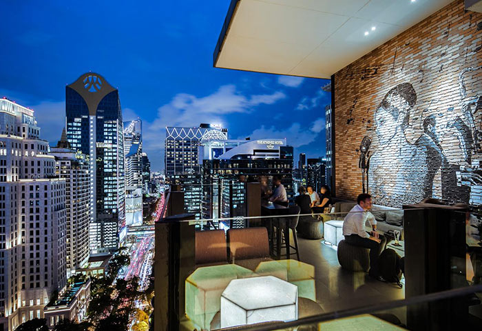 Coolest-Rooftop-Bar-Gay-Hotel-Bangkok-Hotel-Indigo-Bangkok-Wireless-Road