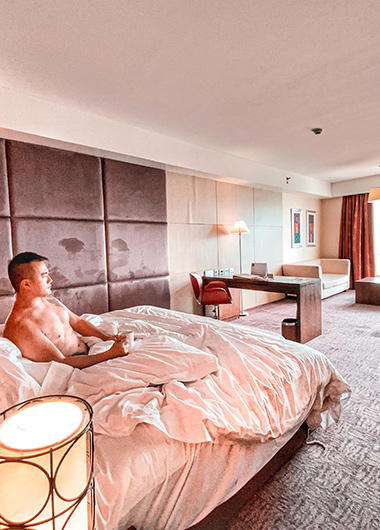 Gay-Friendly-Hotel-for-shopping-Centara-Grand-at-Centralworld-Bangkok