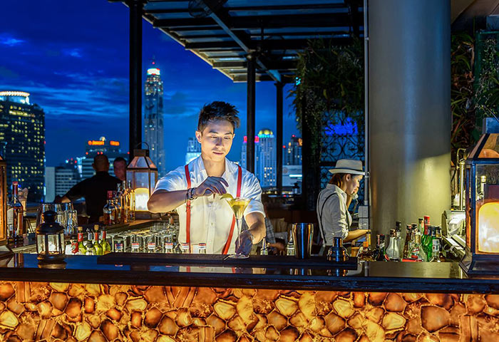 Perfect-Instgram-Gay-Hotel-Rooftop-Bar-Hotel-Muse-Bangkok