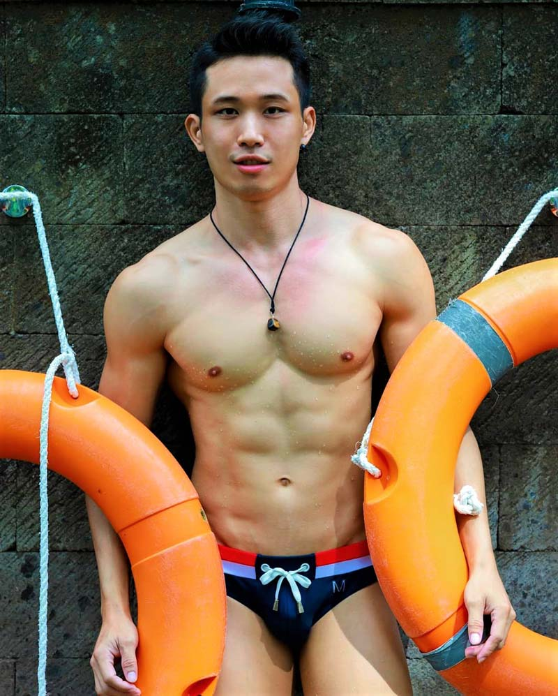 Asia's-Best-Gay-New-Year-Party-WHITE-PARTY-BANGKOK-@quadzoo