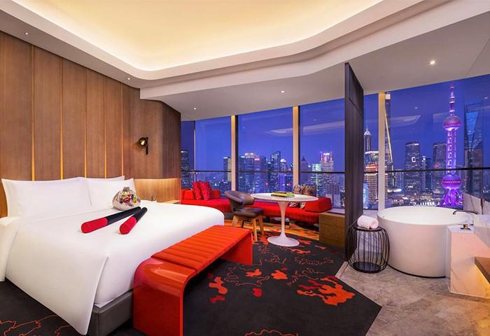 Cheap-Luxury-LGBT-Hotel-W-Shanghai