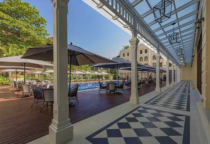 Gay-Luxury-Hotel-Yangon-with-Outdoor-pool