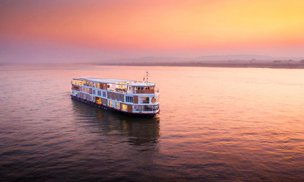 Luxury-Gay-Friendly-Cruise-Bagan-&-Mandalay-The-Strand-Cruise