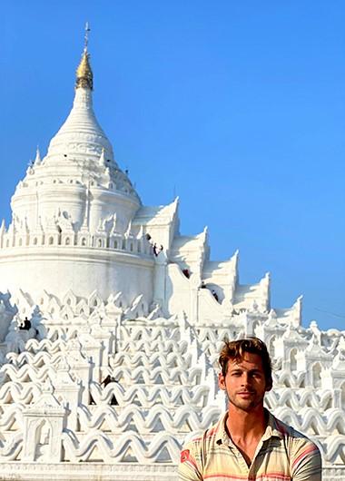 The-Strand-Cruise-Myanmar-Luxury-Gay-Cruise-Bagan